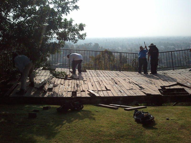 Hillside_Deck_Hardscape_Landscape_S_Pasadena_01